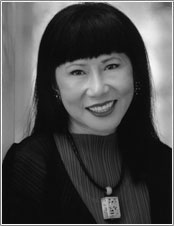 Amy Tan's Headshot