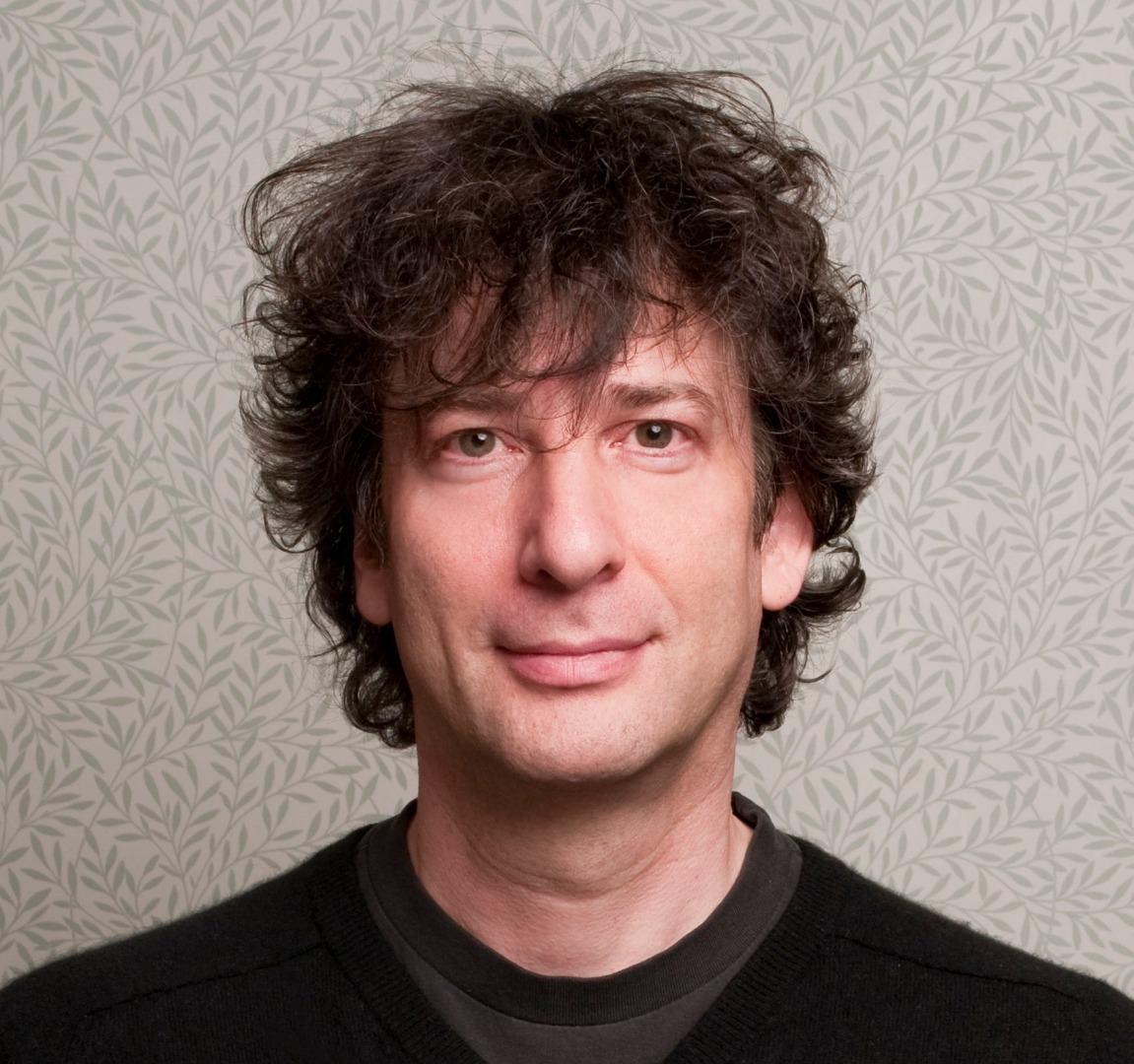 Neil Gaiman's Headshot